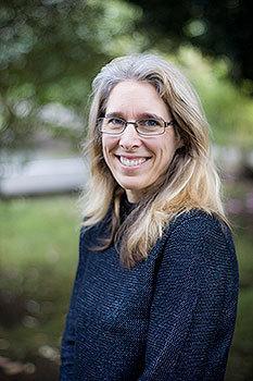 Dr Louise Tomlinson